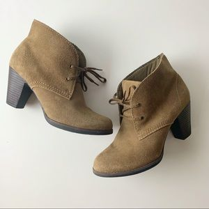 370f1df2cb621 Clarks Ankle Boots & Booties for Women | Poshmark